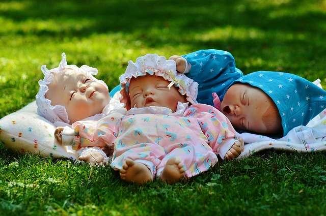 Cómo ayudar al bebé a dormir con el calor