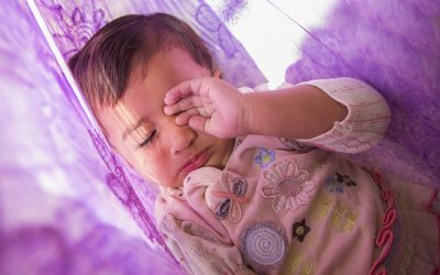 Por qué los bebés se despiertan tanto y cómo ayudarles a dormirse
