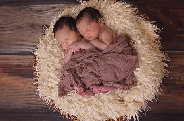 Lactancia múltiple: dar el pecho a dos bebés | Mujer y MADRE hoy