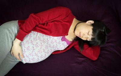 Trucos para dormir mejor en el embarazo