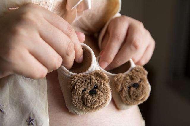 El desarrollo del feto en el segundo trimestre de embarazo