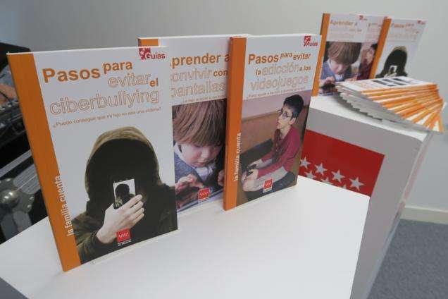 Guías para ayudar a los niños a usar pantallas digitales y videojuegos y combatir el ciberbullying