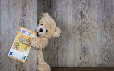 Cómo pedir los 100 euros por madre trabajadora