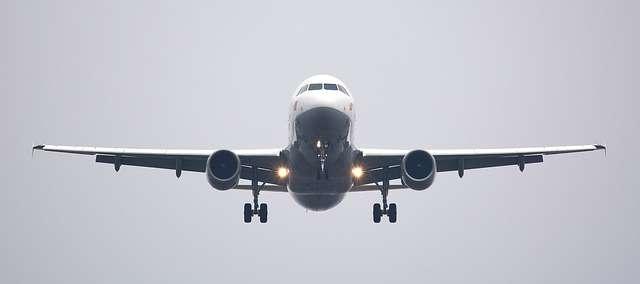 avión viajar