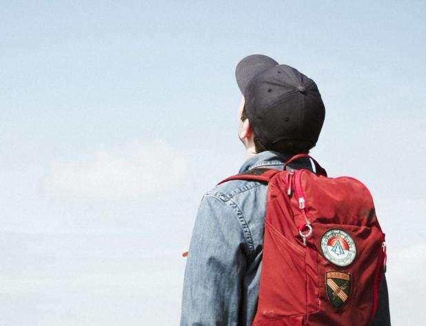 Vuelta al cole: cómo llevar la mochila para que la espalda no sufra