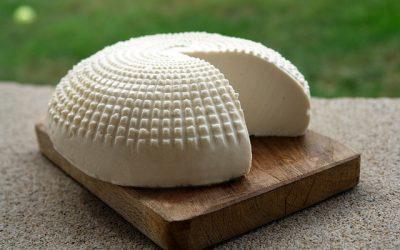 Sanidad retira varios lotes de queso francés afectados por listeria