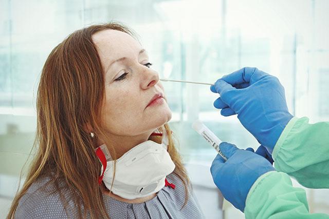 PCR, serología, test rápido: diferencias entre las pruebas para detectar el Covid-19
